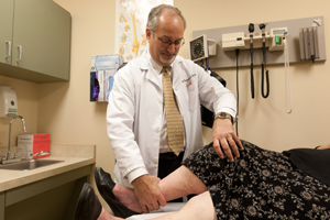 University Orthopedics - Knee nonsurgical pain - Rhode Island